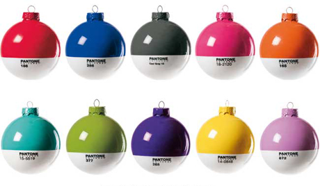 pantone_xmas_ball