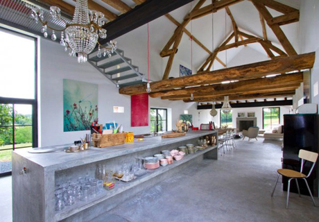 french-barn-converted-into-house-1-600x418-1