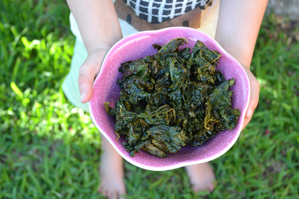 How to Make Kale Chips + 6 Flavour Ideas