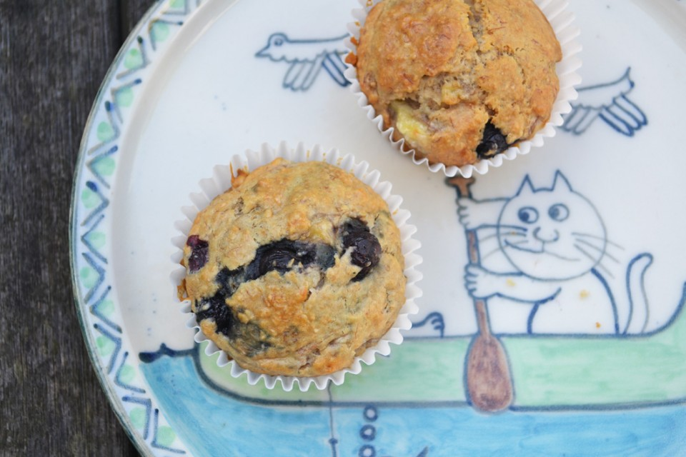Wholemeal-banana-and-blueberry-muffin-recipe-sugar-free