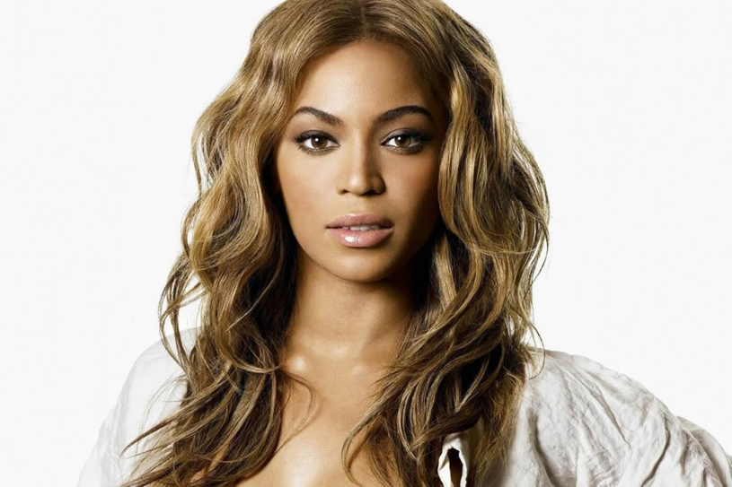 beyonce-new-hairstyle-short-bangs