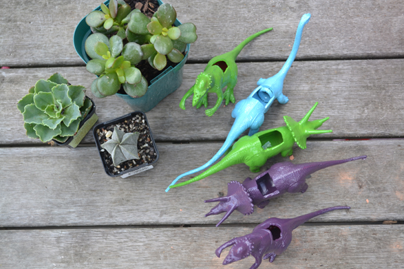 DIY-Dinosaur-Planter-2