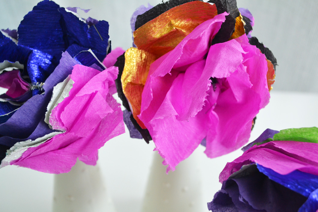 kids-catering-diy-pretty-paper-flowers