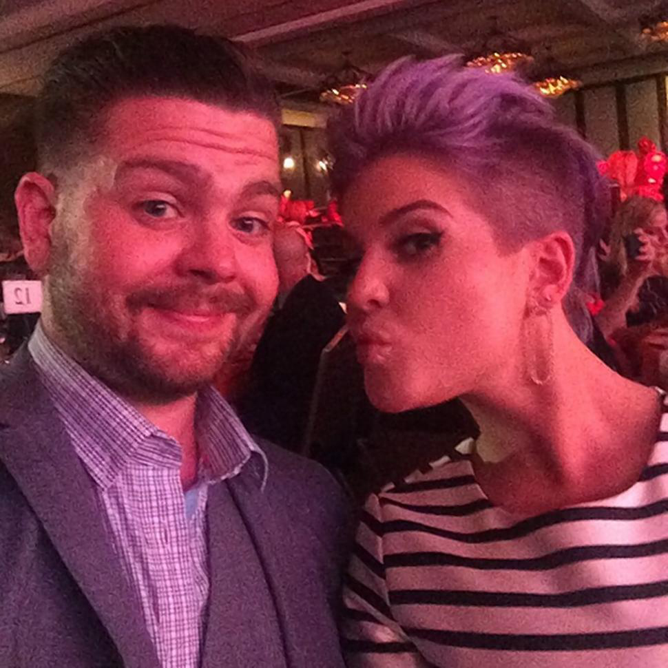 kelly-osbourne-shaved-head-new-haircut