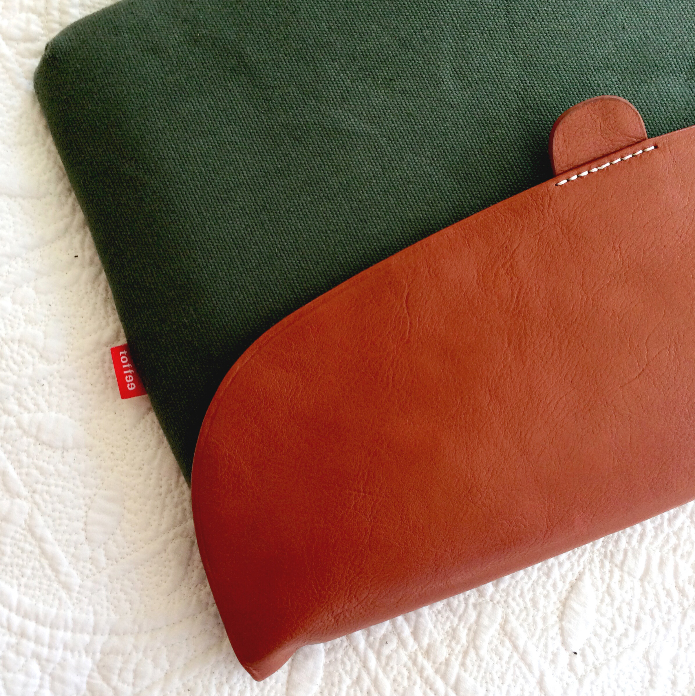 toffee-laptop-accessories