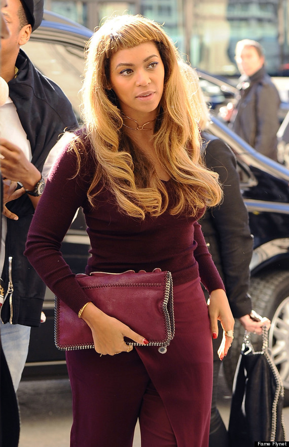 beyonce debuts new hairstyle and short bangs