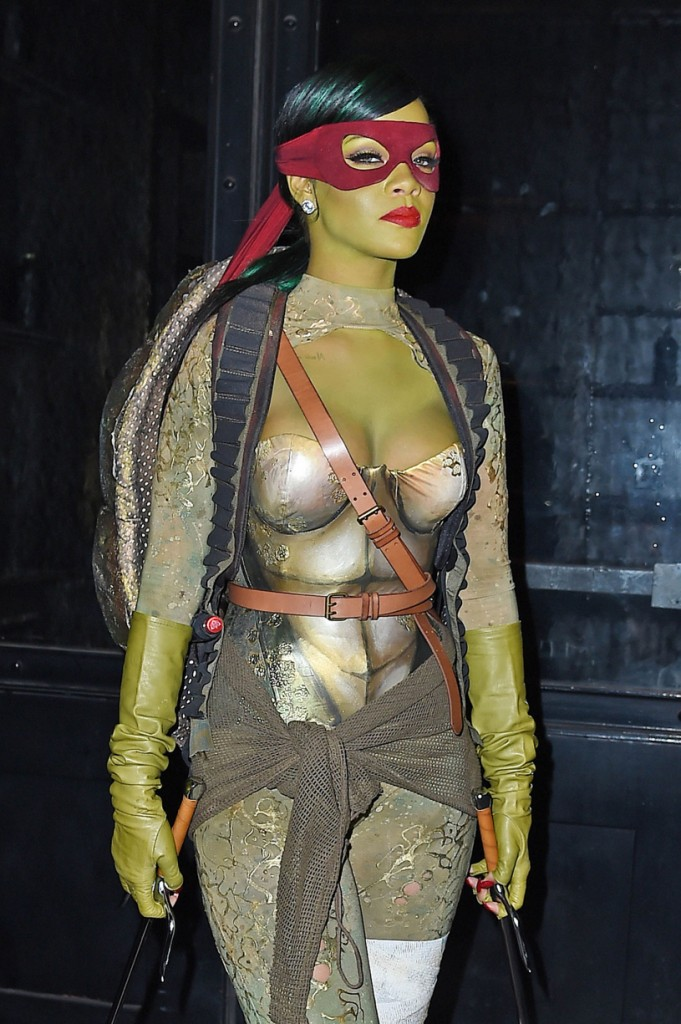rihanna-celebrity-halloween-costume-2014