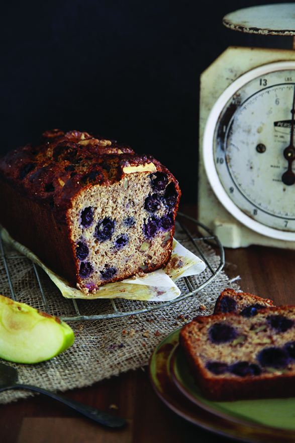 apple-and-blueberry-loaf-healthy-recipe