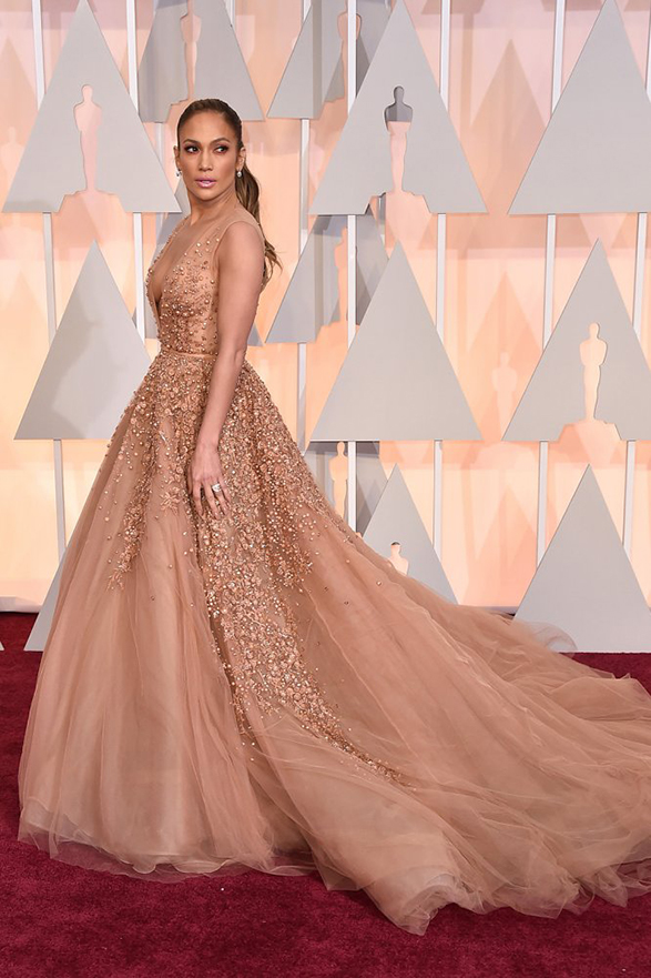 jennifer-lopez-oscars-2015-red-carpet
