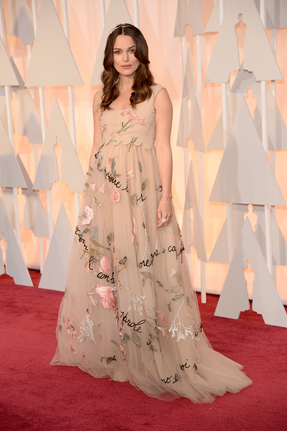 kiera-knightley-oscars-2015-red-carpet